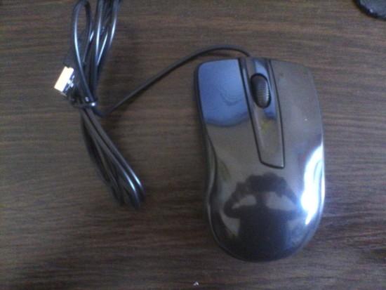 Дешева комп'ютерна мишка
