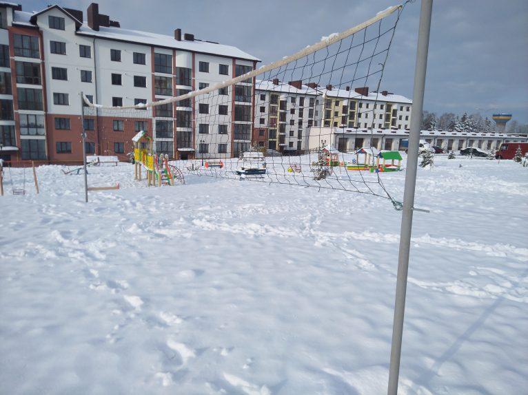 Сітка волейбольного поля.